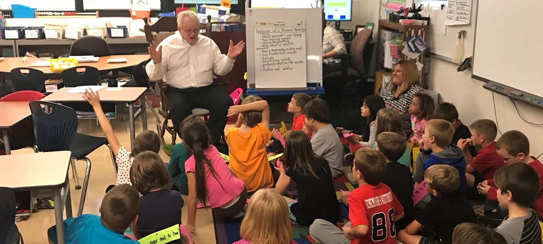 Newark Mayor Jeff Hall talks with a John Clem 2nd grade classroom about government