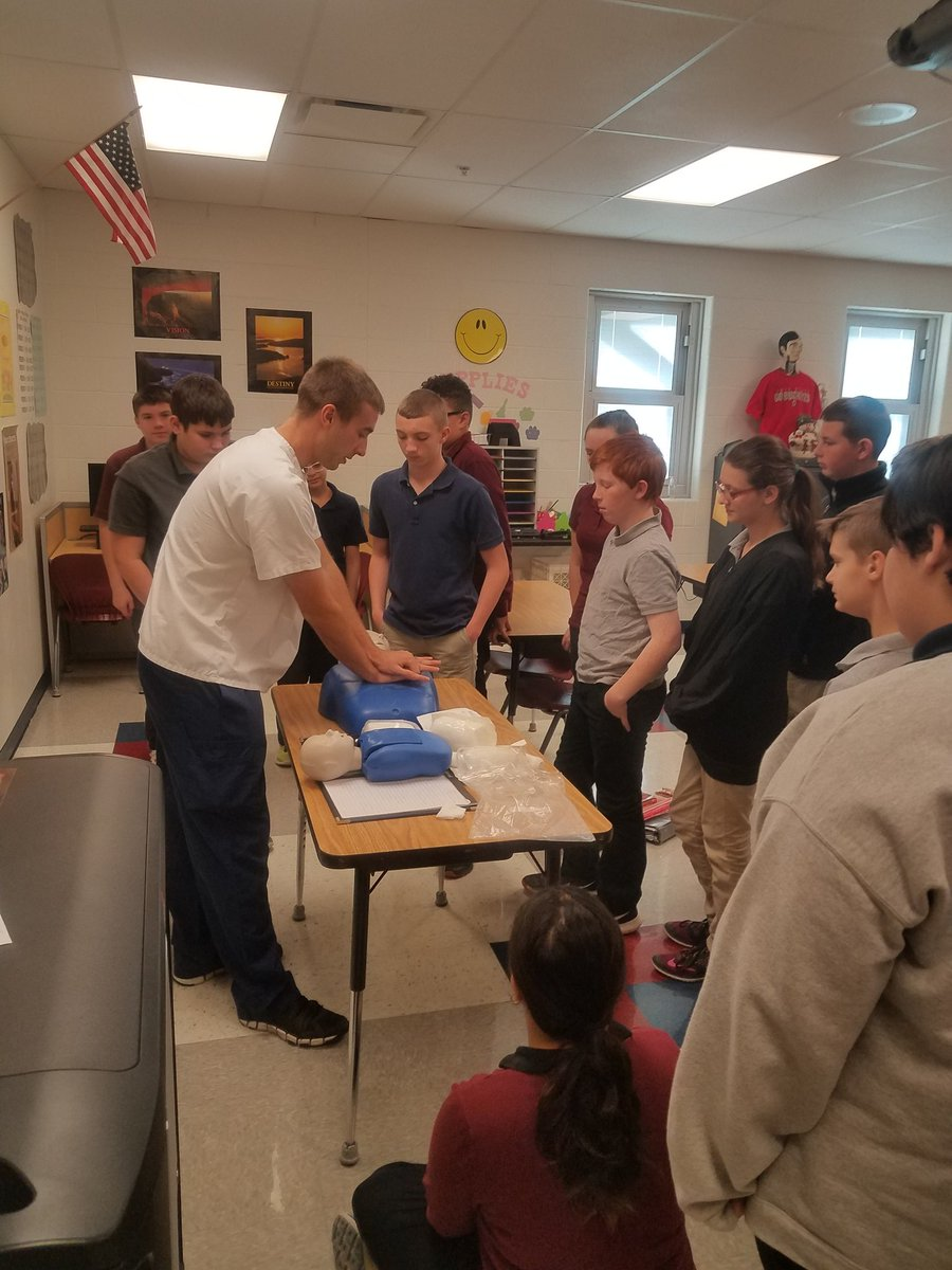 7th Graders Learning Basic First Aid