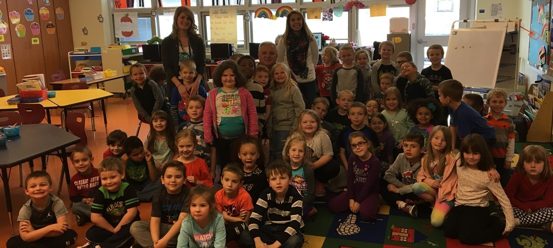 Superintendent Doug Ute read to Mrs. Shaw's kindergarten students at McGuffey Elementary