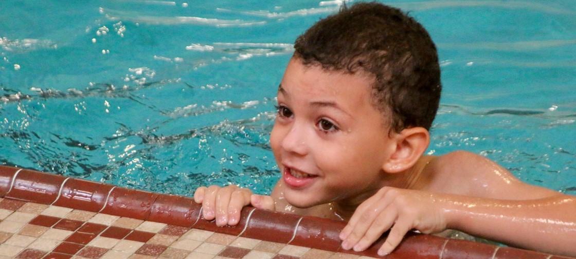 Ben Franklin Elementary 1st grade students are receiving free swim lessons from the YMCA thanks to a grant