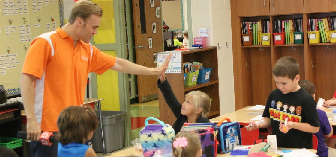 Cameron Fontana with Good Day Columbus visited Mrs. Ricciardo's 2nd grade class at Cherry Valley on the 1st day